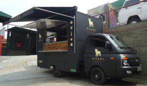 Fabricação_reforma_manutenção_de_negócios_sobre_rodas_Food Truck Bumer C300